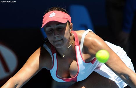 tennis_tamira