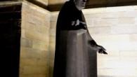 """Richtig so: Die Justizministerin hatte tatsächlich in Betracht gezogen, die Priester, gegen die ein Verdacht auf Kindesmissbrauch besteht, strafrechtlich zu verfolgen. """"Das war früher nicht üblich, und soll es auch jetzt nicht werden"""", betonte Erzbischof Zöllitsch. ……………………………………………………………………………………….. Grafik: Copyright Marcus Gottfried, ce-comico.de"""